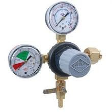 Primary Beer CO2 Regulator, 1P1P, CGA320 In, 5/16 Barb Shut-Off w/ Ck, 60# & 2000# Gauge - Tank Mount